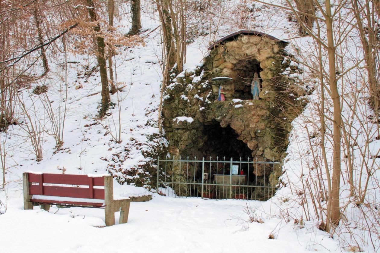 Lourdes-Grotte in Weildorf