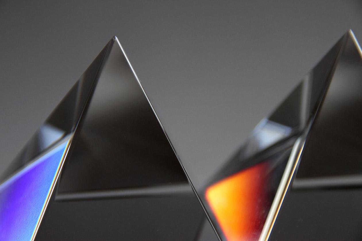 Opalisierende Pyramide (Claus-Dieter Witt)