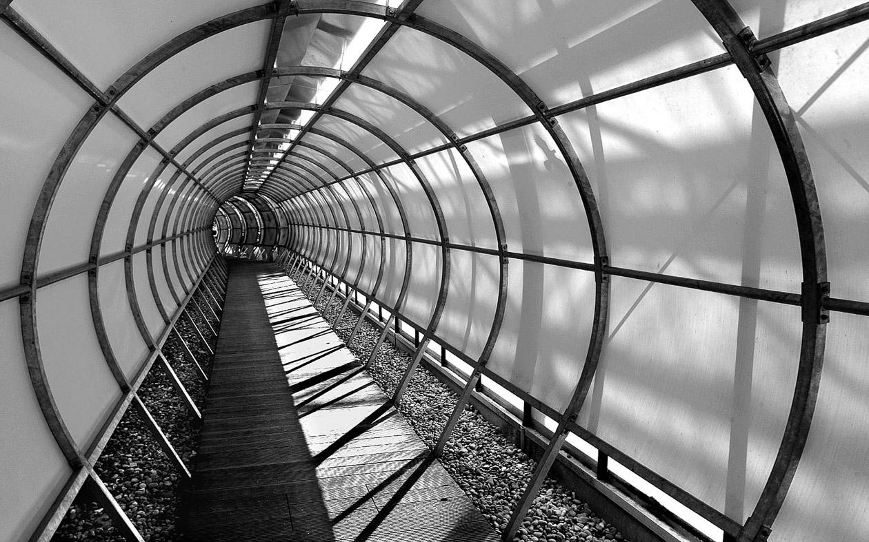 Luftige Röhre (Peter Schiele)