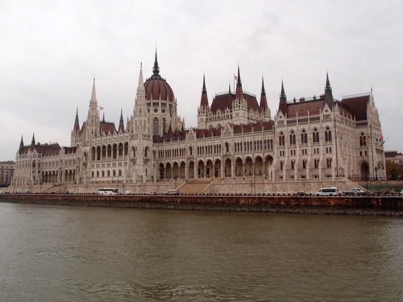 Parlament von Ungarn in Budapest