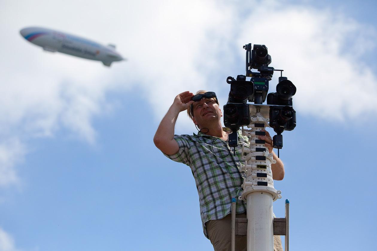 am Teleskopmast mit Kameraträger