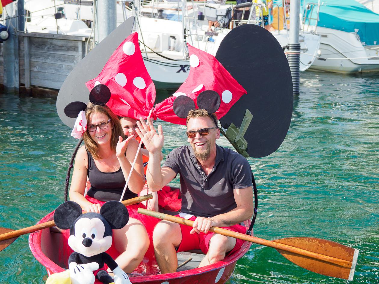 Huhu Minni, Hi Mickey!