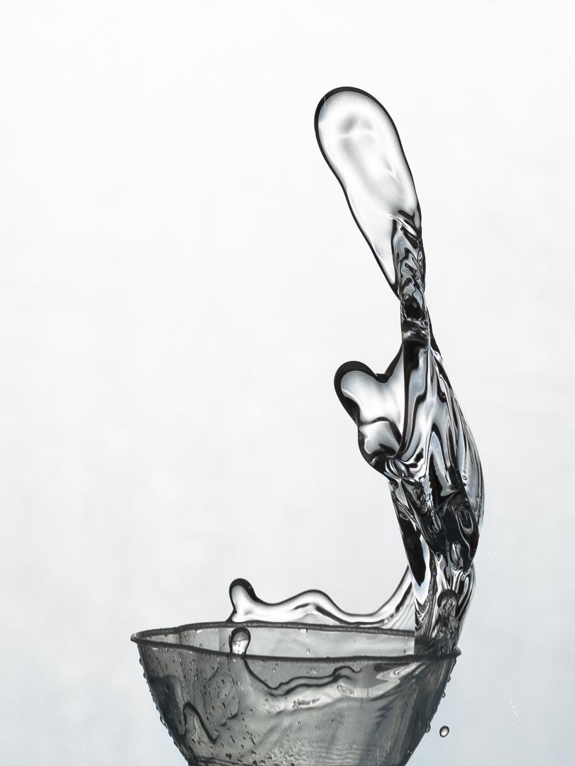 Figur aus Wasser - Ewald Schlegel